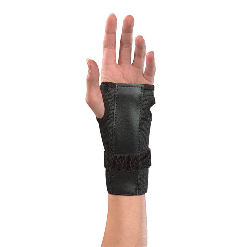 Adjustable wrist brace w/splint