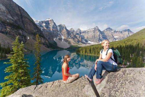 Explora las montañas rocallosas en verano